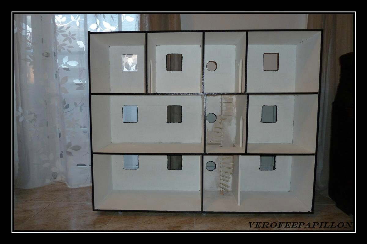 maison de poup e monsters high verofeepapillon. Black Bedroom Furniture Sets. Home Design Ideas