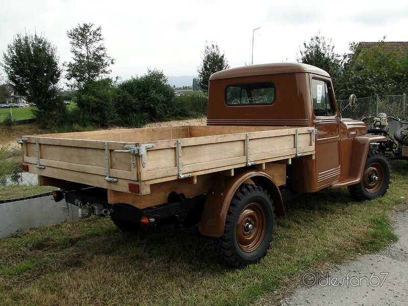 willys-overland-flatbed-1951-b
