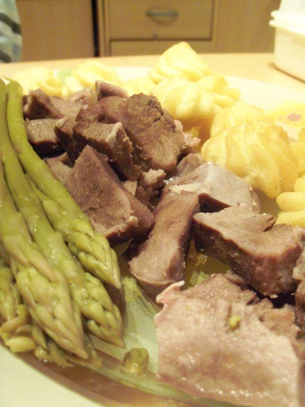 mini langues de porc aux asperges et mousseline familliale