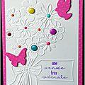 carte féminine avec bouquet de fleurs