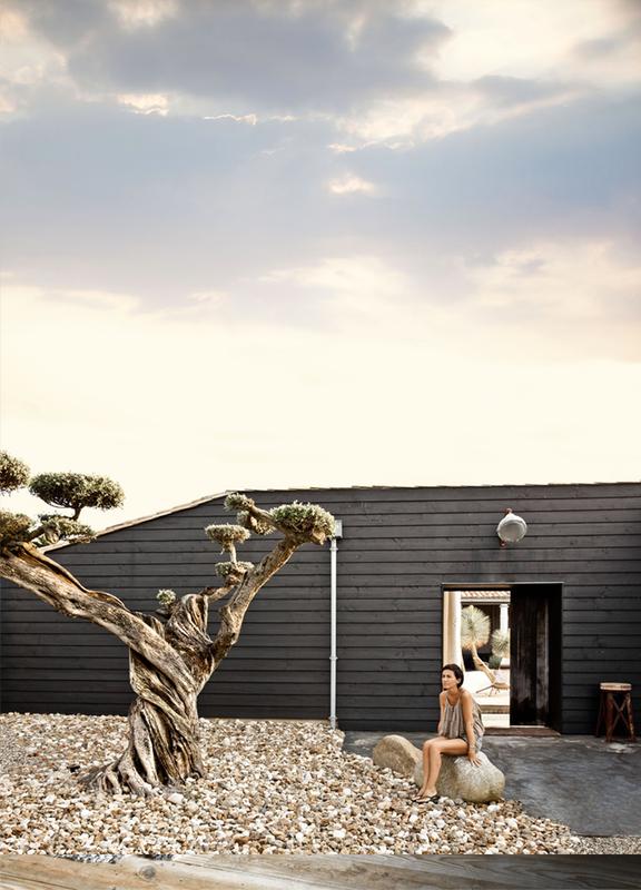 79ideas-cozy-outdoor-space[1]