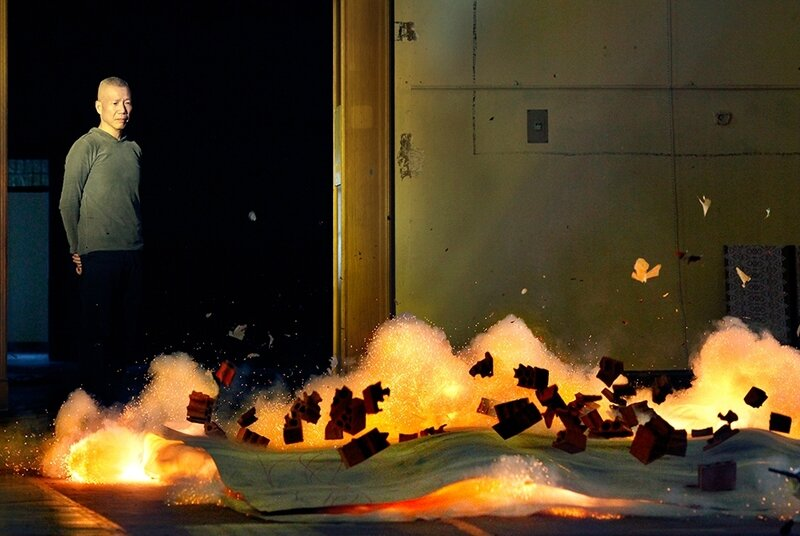 Ignición-durante-la-creación-con-pólvora-de-una-de-las-pinturas-en-el-Salón-de-Reinos