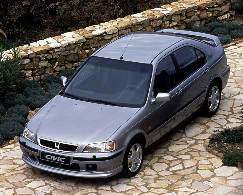 honda civic 4 portes 1995 2001 photo de anciennes honda honda blog. Black Bedroom Furniture Sets. Home Design Ideas