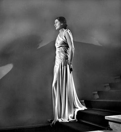 H_catwalk_yourself_1930s_vionnet1