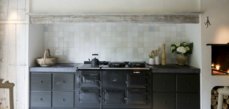 aga range - kitchen via Joris Van apers be as seen on linenandlavender net