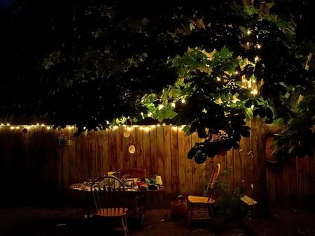 backyard_table_at_night_w725_h544