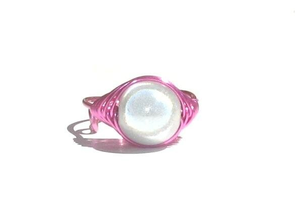 bague wire rose perle blanche face