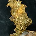 Gold crystals on quartz