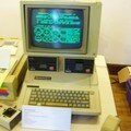 APPLE IIe, PREMIER ORDI THIRY