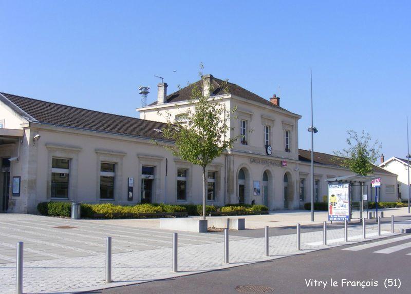 La gare de vitry le fran ois 51 les gares de france et for Garage vitry le francois