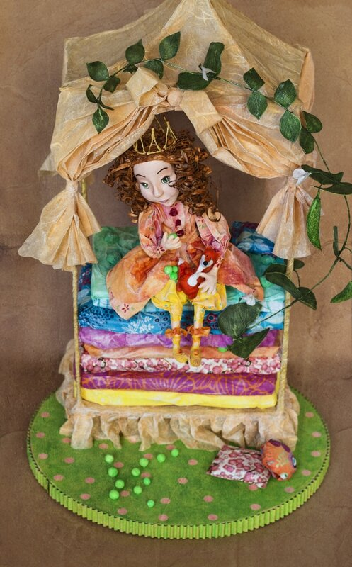 Princesse au petit pois 1_Papier mache sculpture _ Aline Pallaro