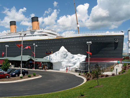 branson_titanic_exterior_full
