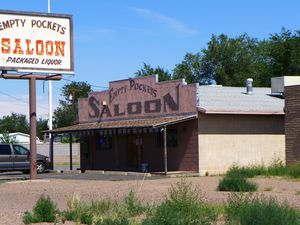 Empty pockets saloon (1024x768)