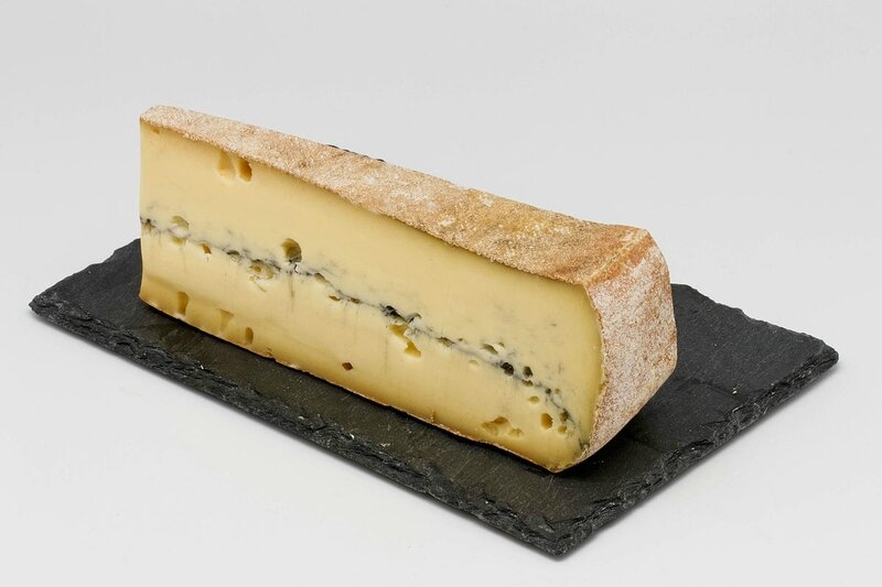 Morbier_(fromage)_01