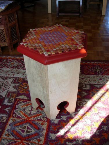 Petite table marocaine rue de la laine le blog for Table a the marocaine