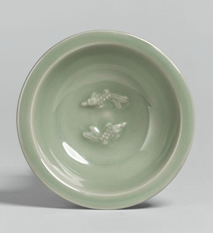 A 'Longquan' celadon'Twin Fish' small dish, Southern Song dynasty