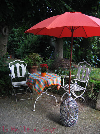 porte_parasol_au_crochet_trapilho