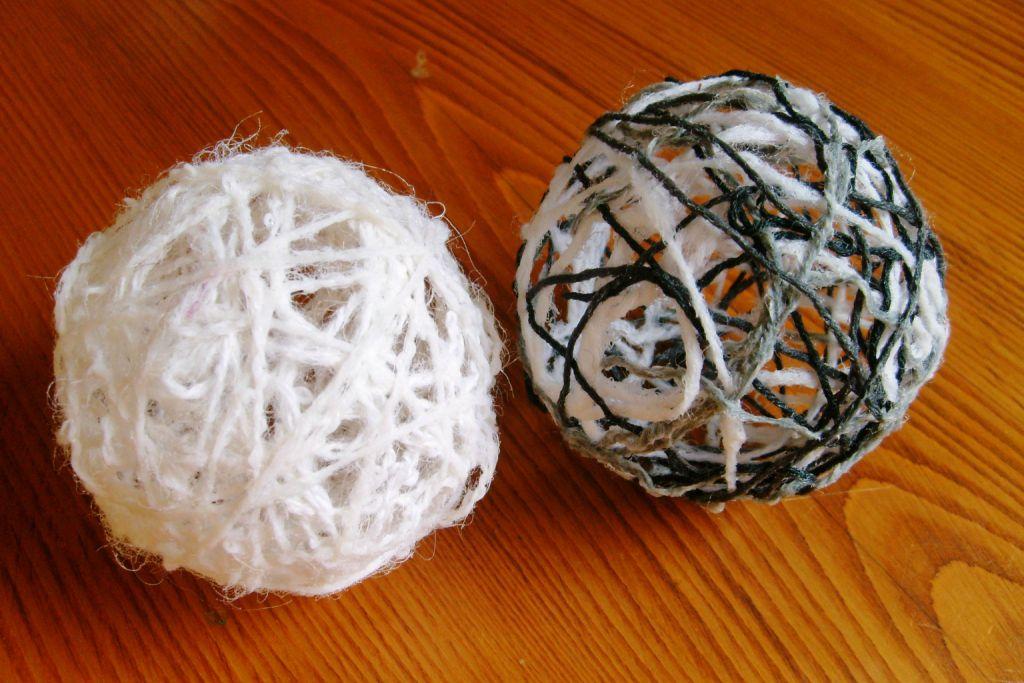 tuto boule de laine mamzelle p. Black Bedroom Furniture Sets. Home Design Ideas