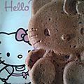 Hello kitty au yaourt et au coulis de mûres