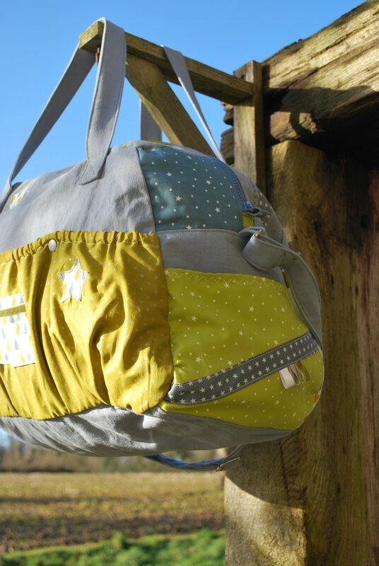 sac à langer gris sacs rose et noir trousse turquoise 002