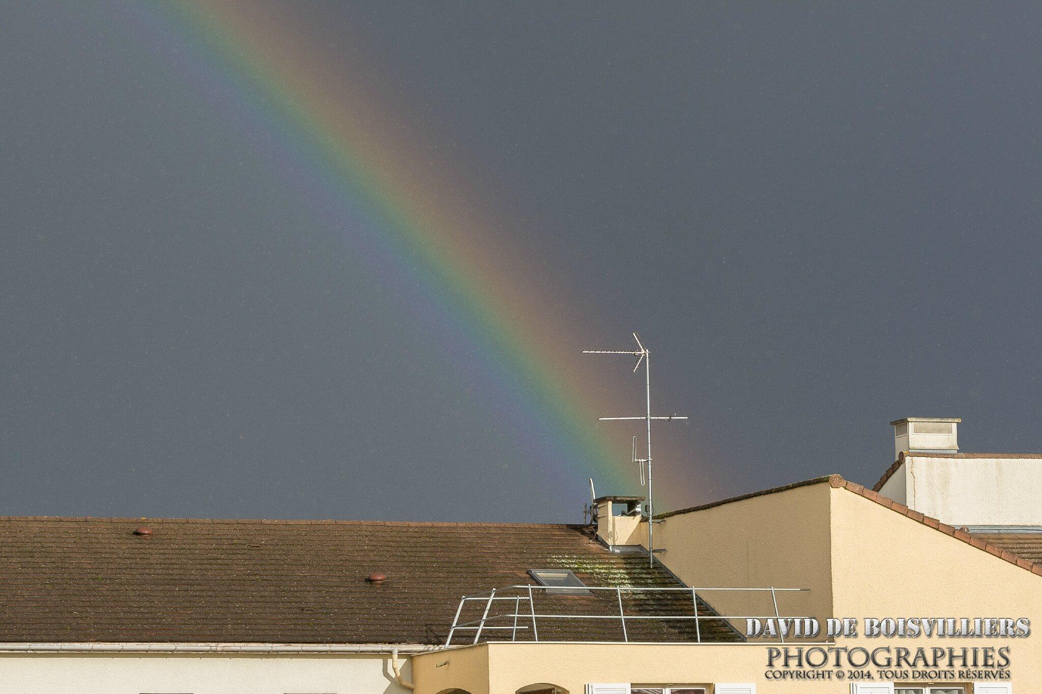 Arc-en-ciel sur Athis-Mons, quand la pluie et le soleil se rencontrent