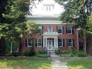 Amherst_Emily_Dickinson
