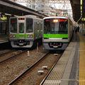 Toei 10-300系(10-410) & 10-000系(10-270), Sasazuka eki