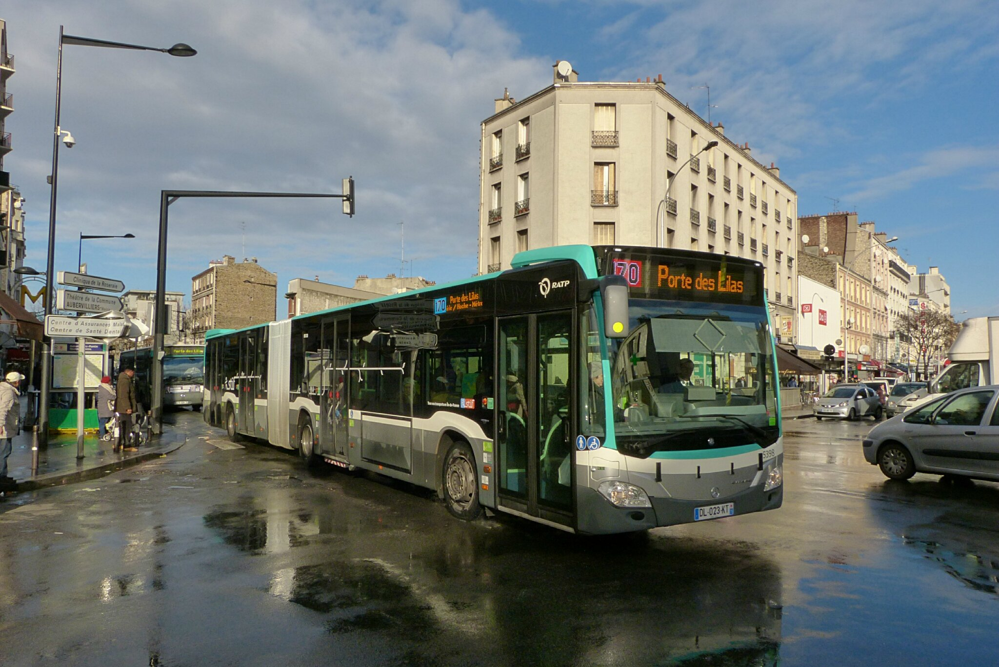 Une double premi re sur le 170 transportparis le for Horaires bus ligne 29 arles salon