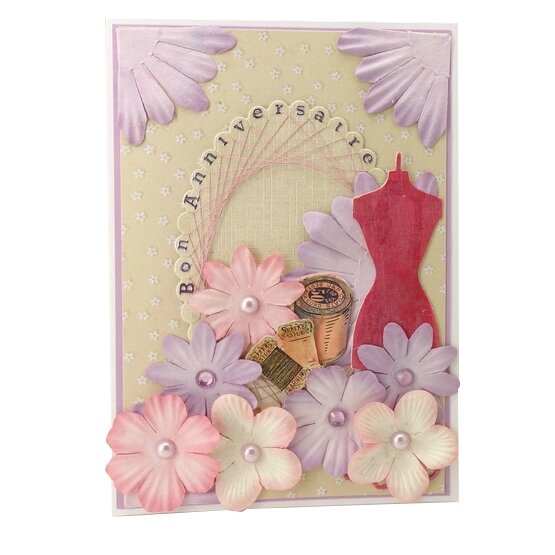 carte-anniversaire-theme-couture- rose-beige
