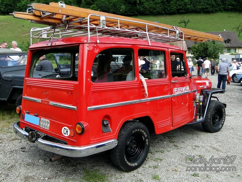 willys-jeep-wagon-firetruck-1954-1962-02