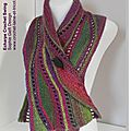 Prêt à offrir ou à porter : swing crochet scarf