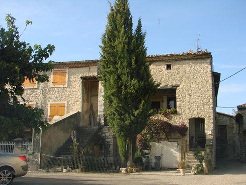 2008 09 22 Maison Provencal près du Vauclause (84) dans la Drôme (26)