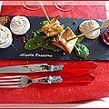 Nem de foie gras, chantilly au vinaigre balsamique, chutney d'oignons à la grenadine....