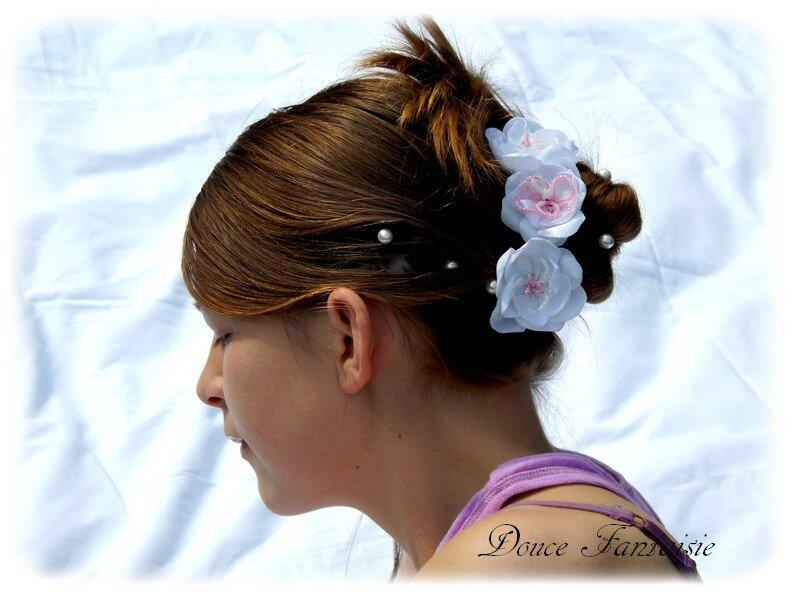 Pics à chignon mariée rose blanc