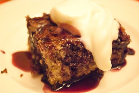 Cherry_pudding_cake_1