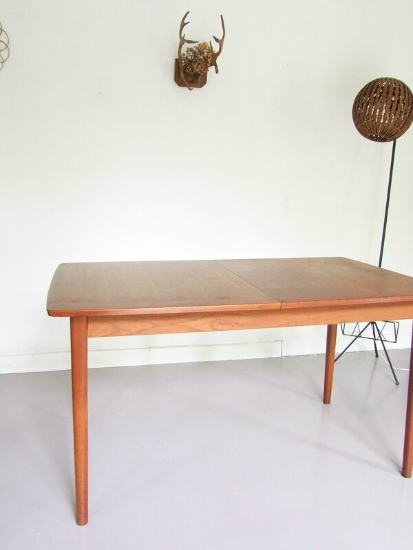 Table scandinave-Nils Jonsson