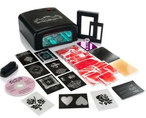 Teresa Collins All-In-One Stampmaker Kit UV Lightbox