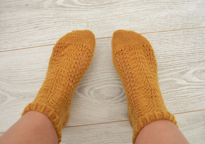 motif-tricot-chaussettes-2doigtsdidee