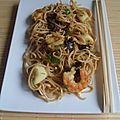 Nouilles chinoises aux fruits de mer