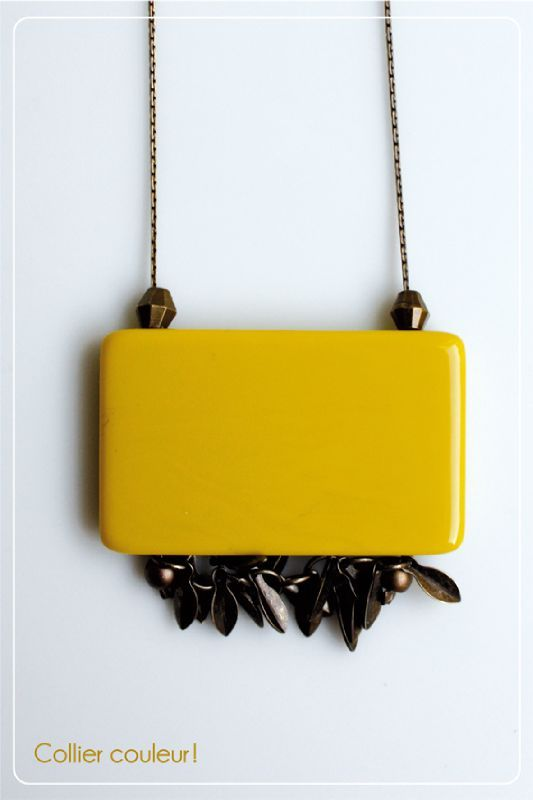 collier-couleur-jaune