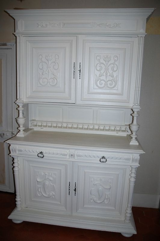a vendre buffet henry ii blanc le blog de pozzynette. Black Bedroom Furniture Sets. Home Design Ideas