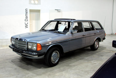 Mercedes_230_T_break__W123__de_1980__RegioMotoClassica_2010__01