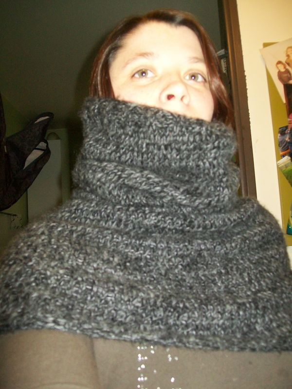 Le snood cagoule myotherself for Magasin hema chatelet