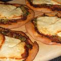 Pizette halloumi courgettes