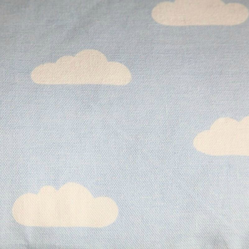 coussin-nuages-bloomingville