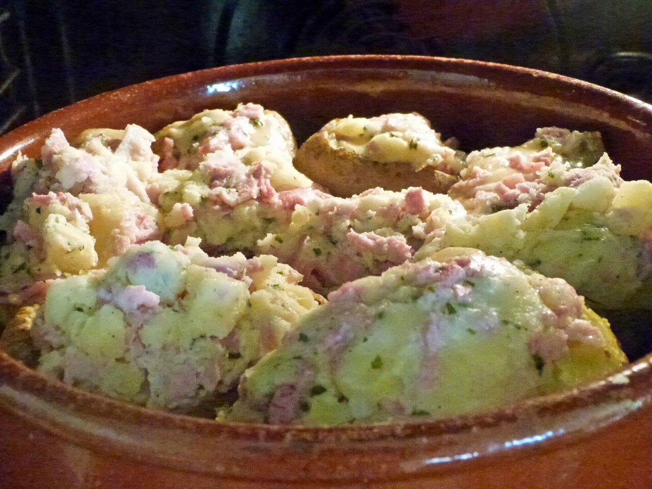 Pomme de terre au fromage raclette la table des joyeux - Temps cuisson pomme de terre raclette ...