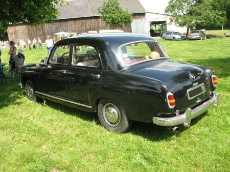 Mercedes180Dar1