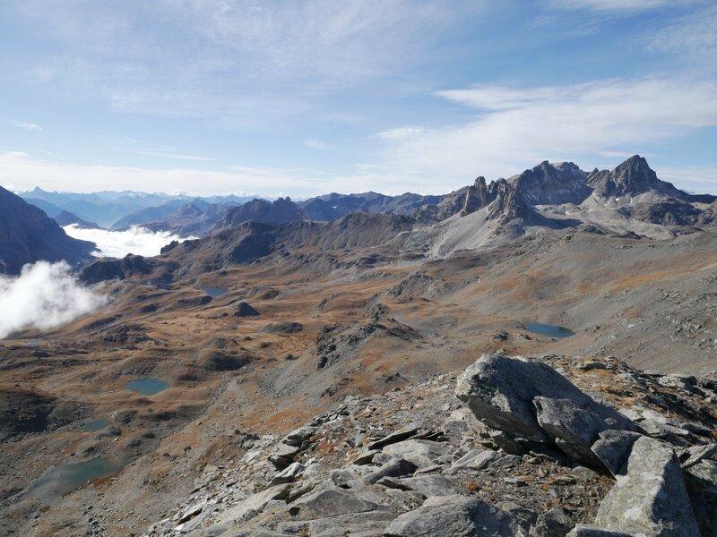 le Mont Viso, la vallée Etroite dans les nuages, les lacs, le Mont Thabor