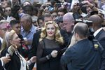2011 0912-pictures-madonna-we-red-carpet-tiff-hq-08