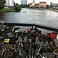 Kaliningrad, rives de la Pregolia, pont cadenas